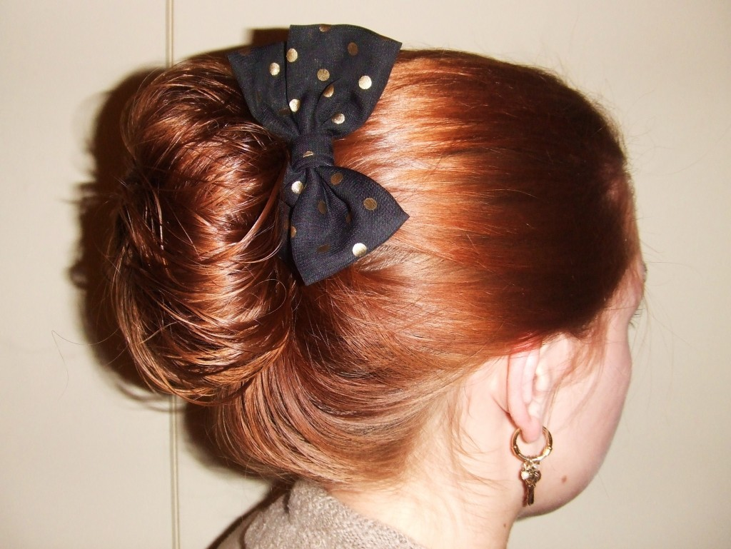 A bow in the hand is worth two in the hairbun