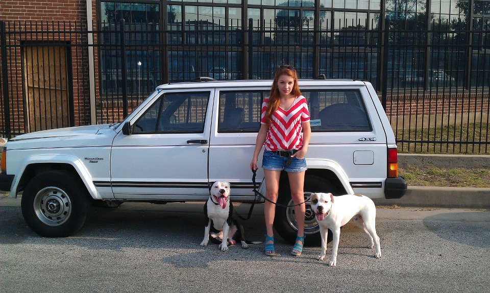 Julia, the dogs & the Jeep