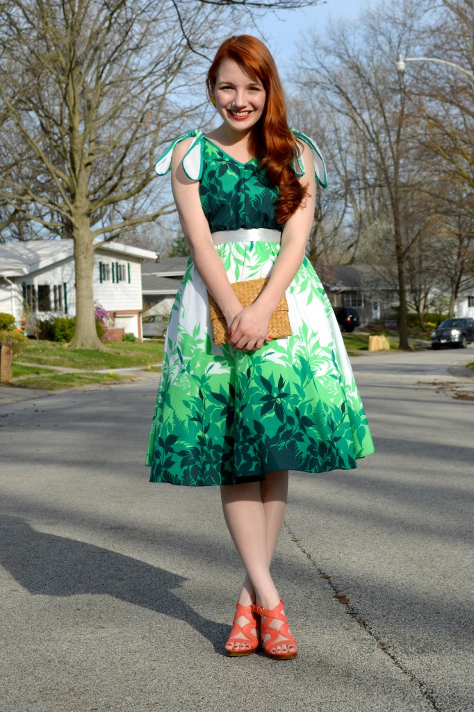 Throwback Thursday's Trash or Treasure: Retro 'Aloha' Dress