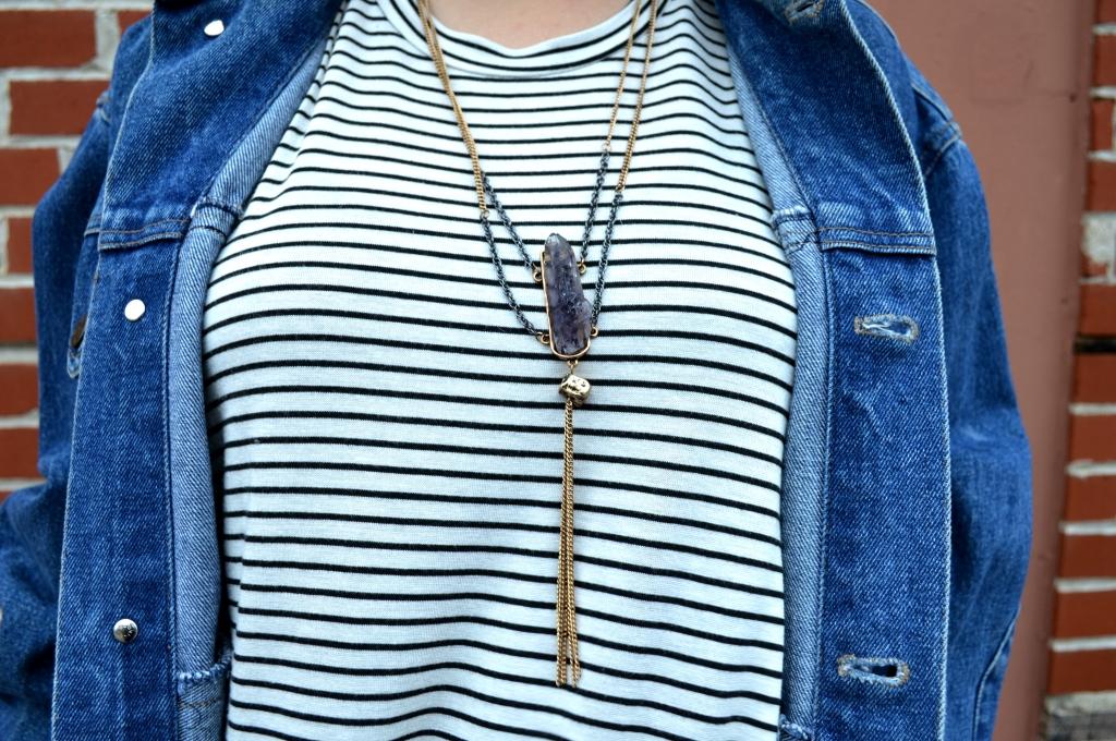 stripe pitaya tunic with fedora denim jacket stone necklace and statement earrings (6)
