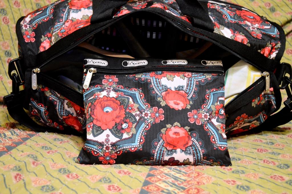 LeSportSac Travel Style - Weekender Bag (9)