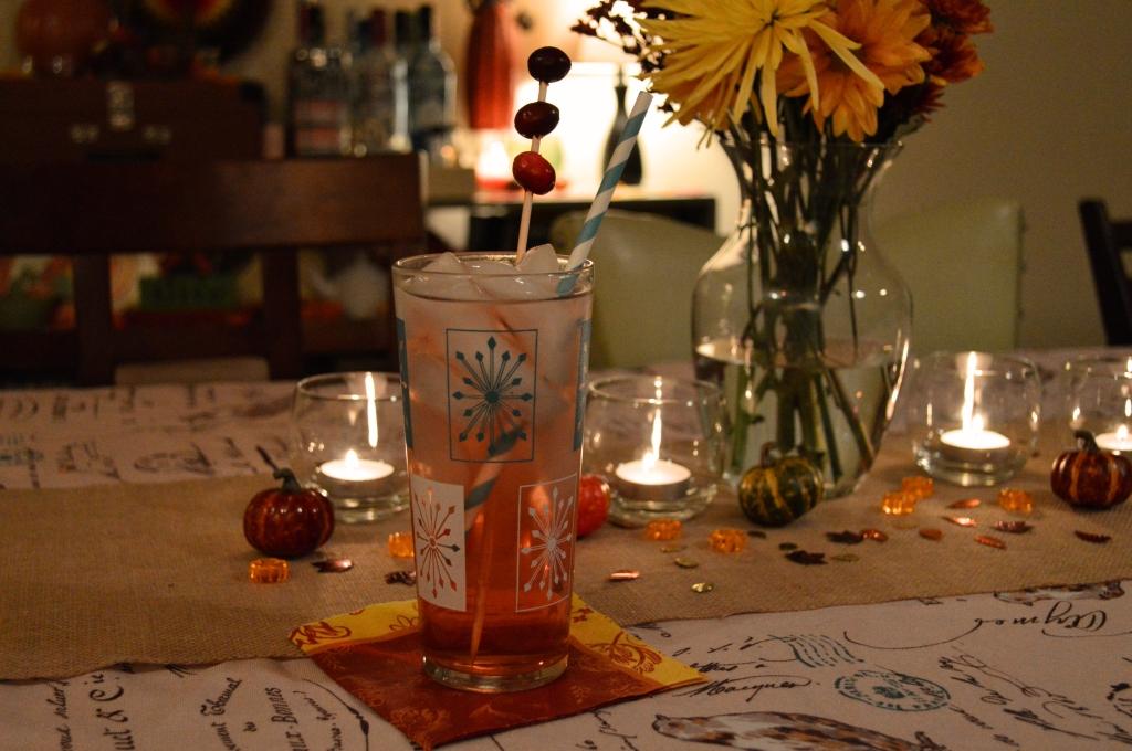 Thanksgiving Cocktail Recipe - Cranberry Apple - The Festive Cran-Apple Fizz (2)