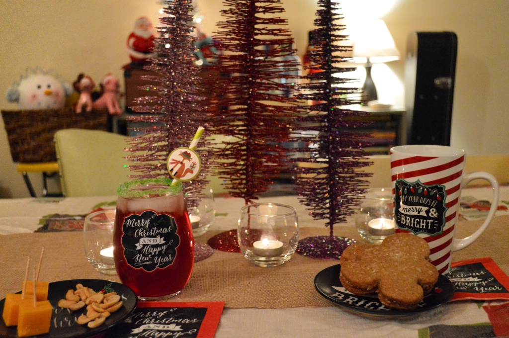 Christmas Table Settings and Cocktail Recipes (11)