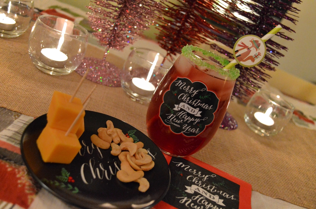 Christmas Table Settings and Cocktail Recipes (2)