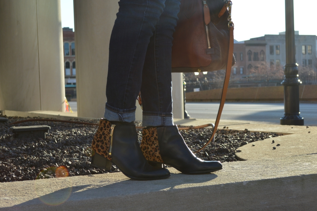 Outfit - Cowl Neck Sweatshirt Tunic with Naturalizer Leopard Booties and Anthropologie Satchel (5)