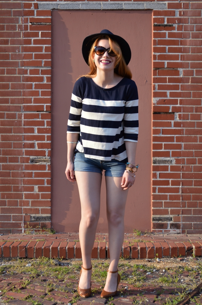 JORD Wood Watch with Shorts and Stripes (4)