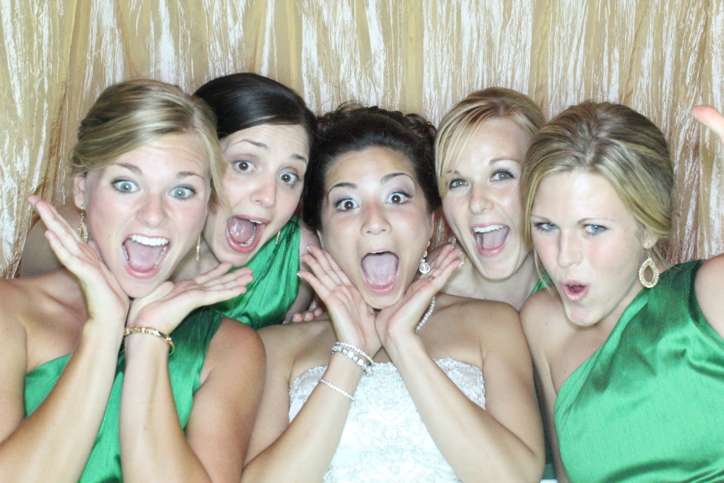 Wedding Wednesday: Things to Consider Before Booking Your Photo Booth