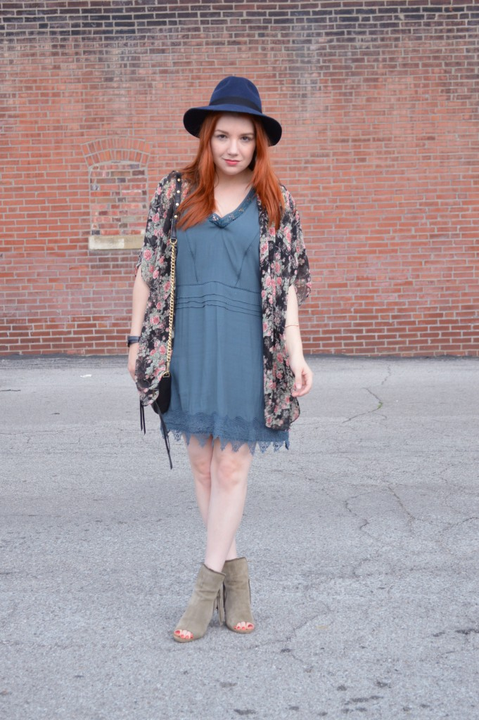 Summer Outfit - Oh Julia Ann - Dress lace Nordstrom Rack  floral kimono Rebecca Minkoff crossbody chain strap purse felt hat Bronx Diba fringe peep toe fringe booties (1)