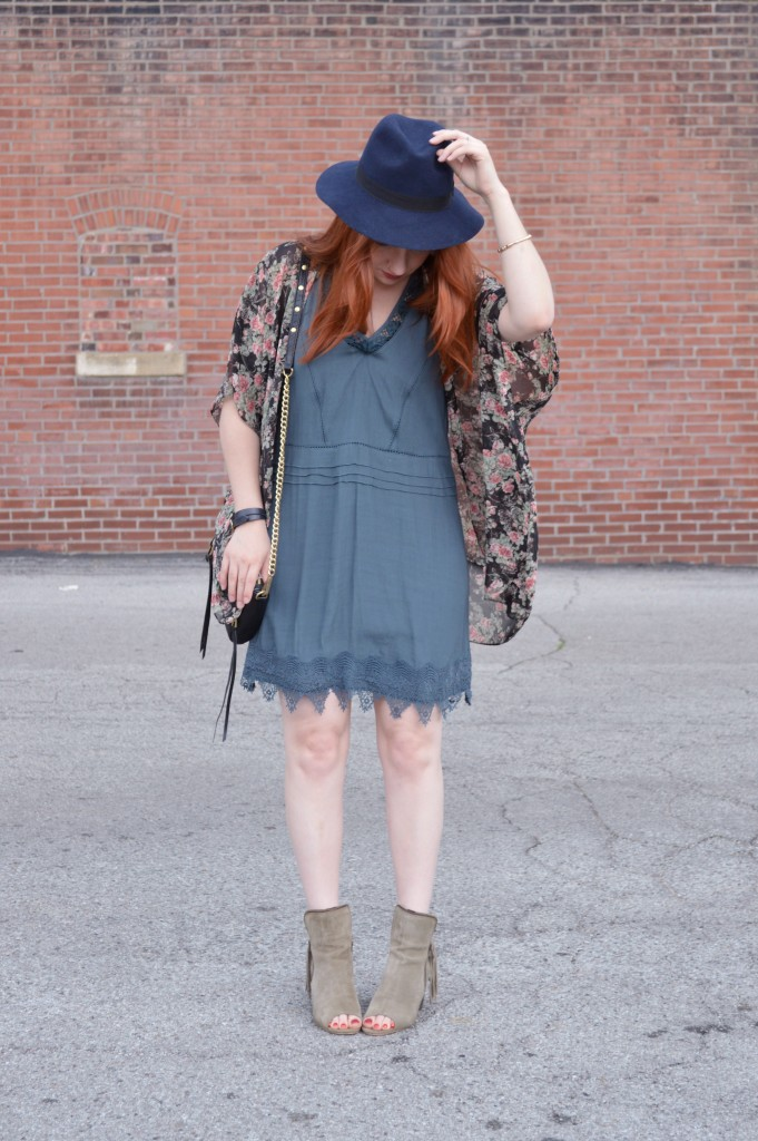 Summer Outfit - Oh Julia Ann - Dress lace Nordstrom Rack  floral kimono Rebecca Minkoff crossbody chain strap purse felt hat Bronx Diba fringe peep toe fringe booties (2)