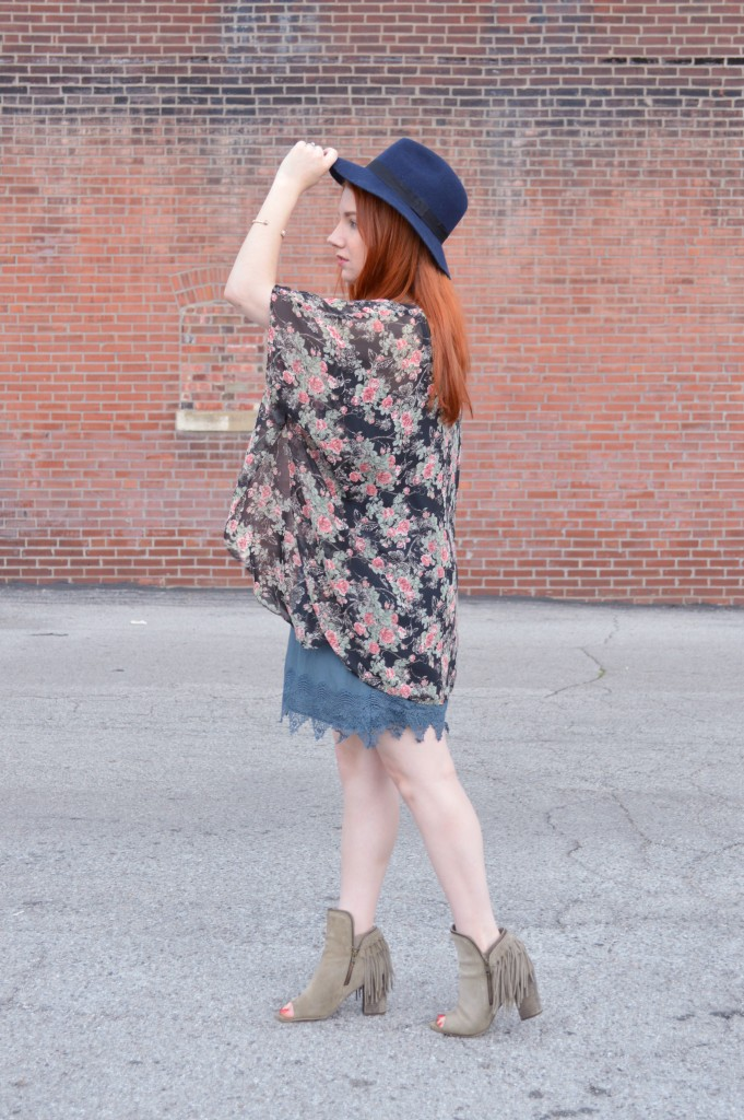 Summer Outfit - Oh Julia Ann - Dress lace Nordstrom Rack  floral kimono Rebecca Minkoff crossbody chain strap purse felt hat Bronx Diba fringe peep toe fringe booties (4)