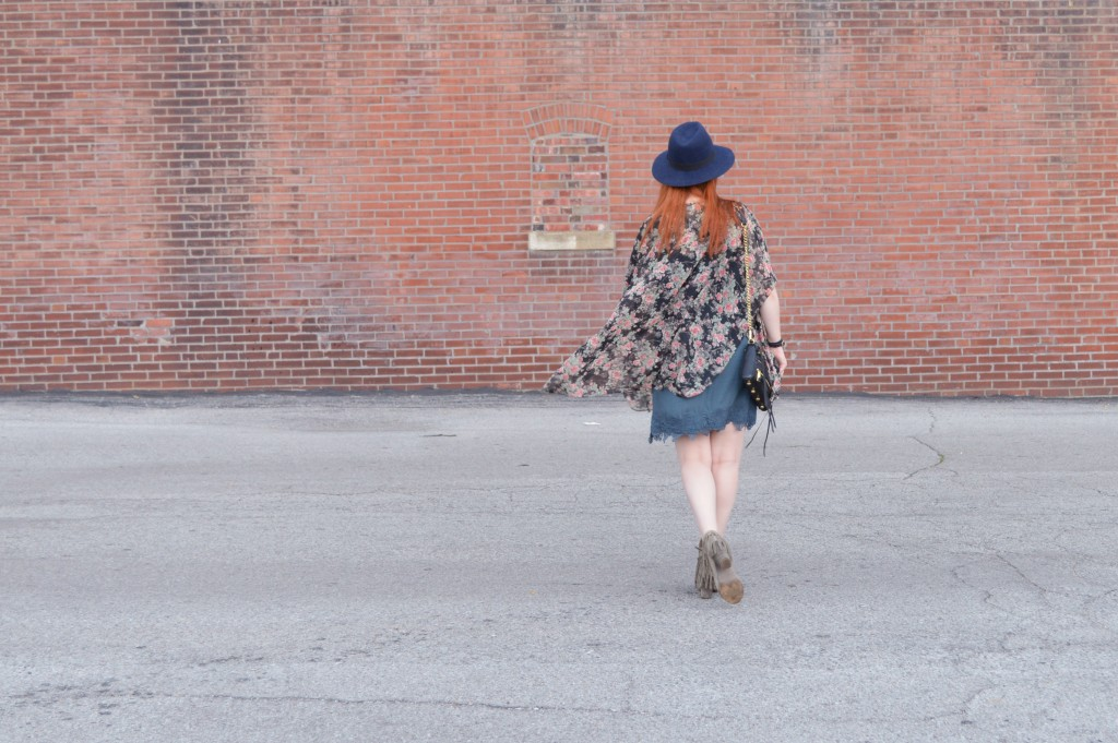 Summer Outfit - Oh Julia Ann - Dress lace Nordstrom Rack  floral kimono Rebecca Minkoff crossbody chain strap purse felt hat Bronx Diba fringe peep toe fringe booties (5)