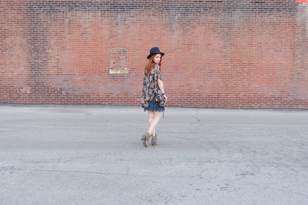 Summer Outfit - Oh Julia Ann - Dress lace Nordstrom Rack  floral kimono Rebecca Minkoff crossbody chain strap purse felt hat Bronx Diba fringe peep toe fringe booties (6)
