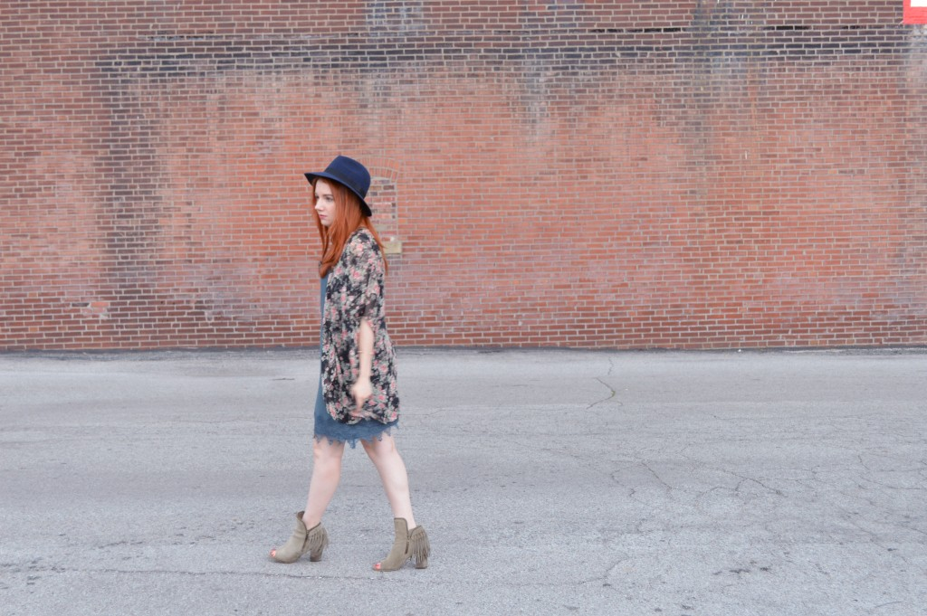Summer Outfit - Oh Julia Ann - Dress lace Nordstrom Rack  floral kimono Rebecca Minkoff crossbody chain strap purse felt hat Bronx Diba fringe peep toe fringe booties (7)