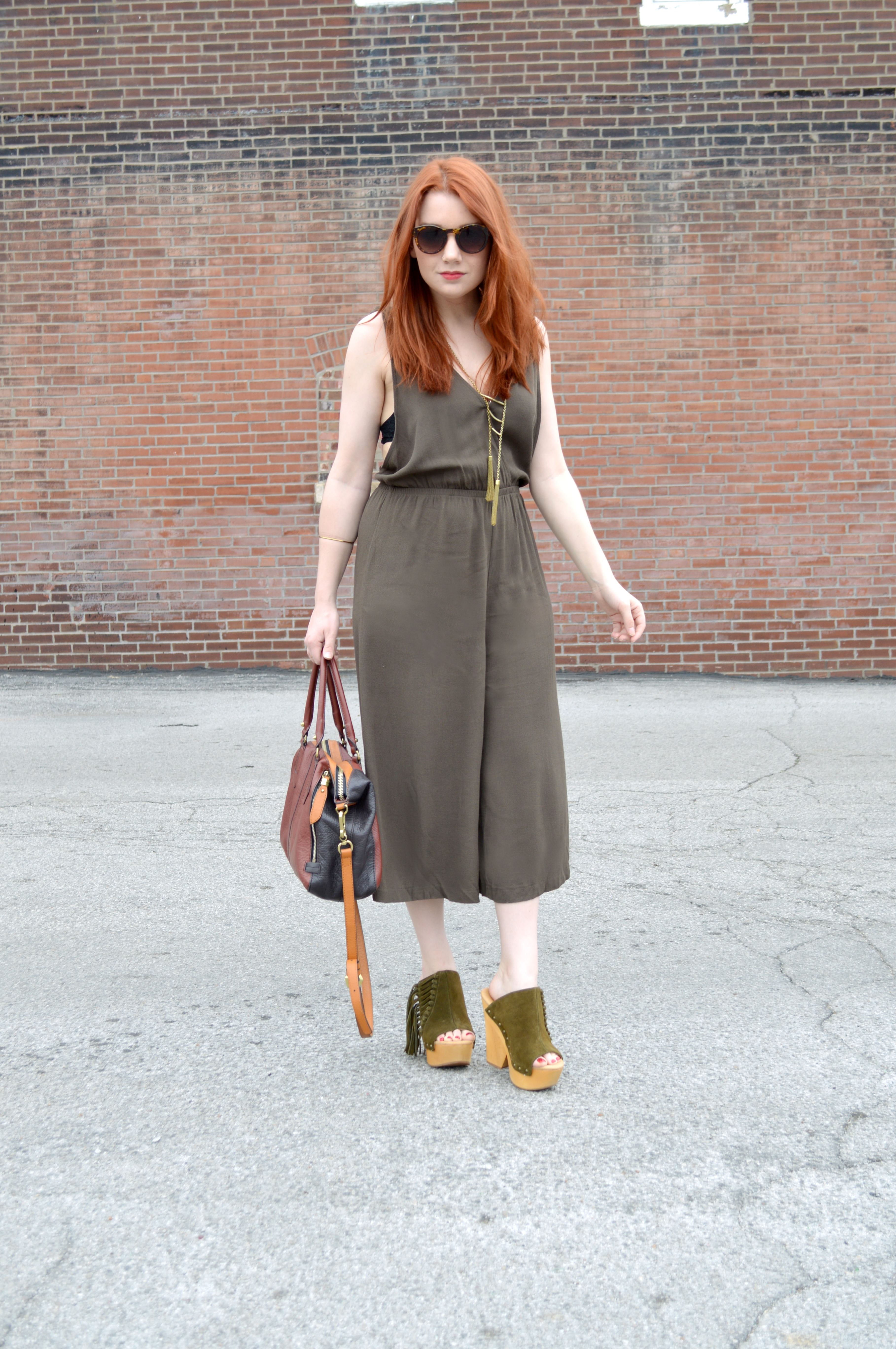 oh julia ann - tobi midi culottes jumpsuit - mojo moxy fringe suede mules - outfit (1)