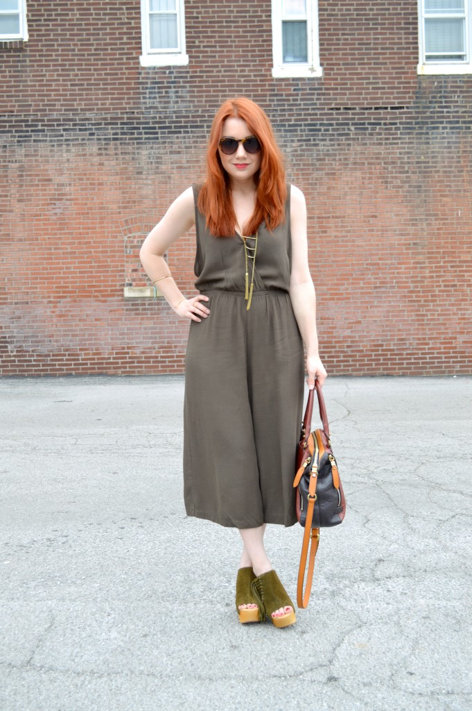 oh julia ann - tobi midi culottes jumpsuit - mojo moxy fringe suede mules - outfit (2)