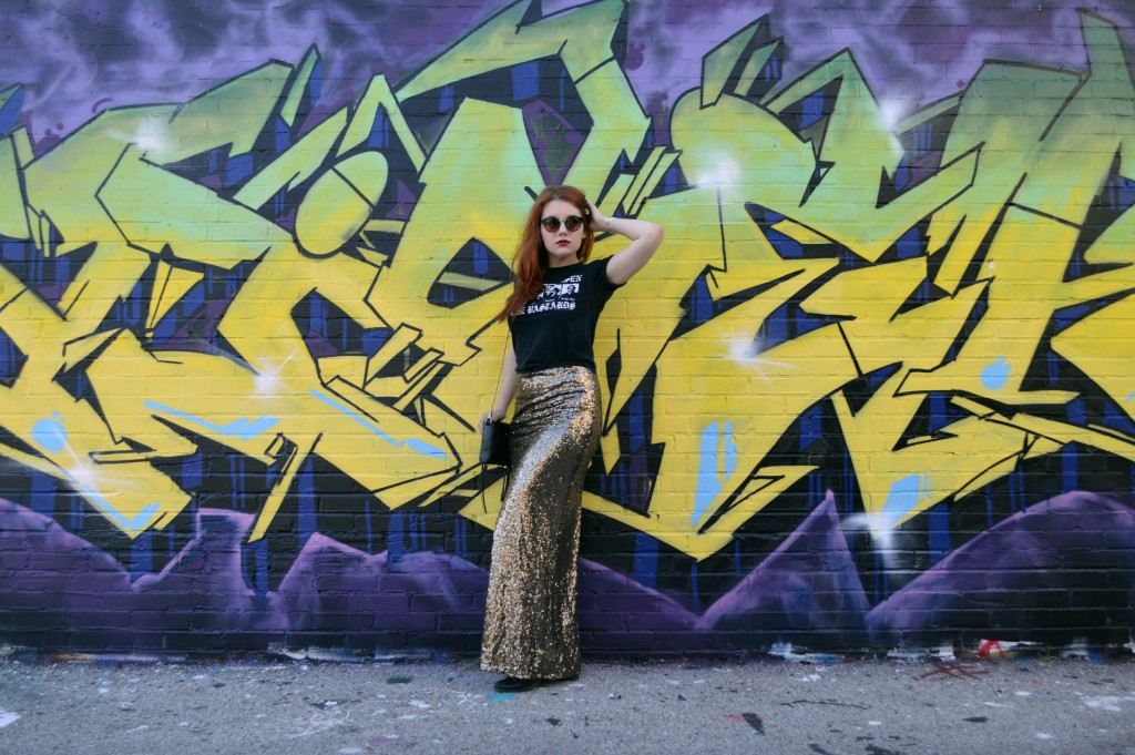 Oh Julia Ann - Outfit - Gold Sequin Maxi Skirt with Graphic Band Tee and Booties summer look casual dressed down formal (1)