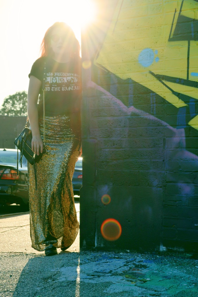 Oh Julia Ann - Outfit - Gold Sequin Maxi Skirt with Graphic Band Tee and Booties summer look casual dressed down formal (4)