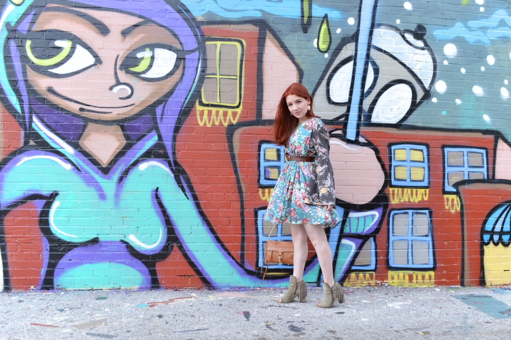 Bevo South City St Louis Mural - Mixed Florals Outfit for Summer and Fall - Oh Julia Ann (1)