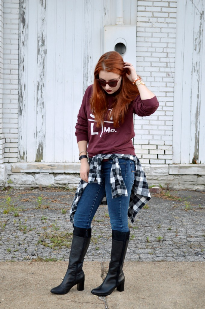 arch-apparel-pullover-sweatshirt-with-naturalizer-boots-outfit-by-oh-julia-ann-3