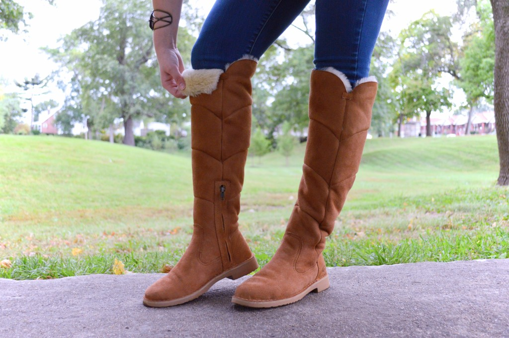 sibley-knee-high-ugg-boots-with-skinny-jeans-autumn-outfit-by-oh-julia-ann-4