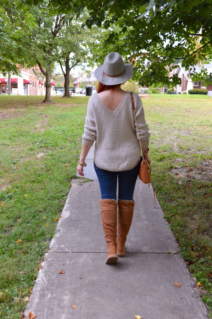 sibley-knee-high-ugg-boots-with-skinny-jeans-autumn-outfit-by-oh-julia-ann-8