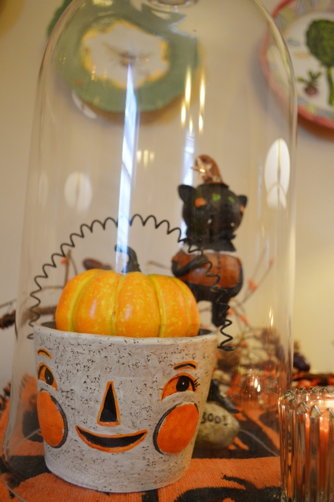 spooky-autumn-bar-decor-for-halloween-from-gordmans-discount-holiday-decorations-in-the-dining-room-oh-julia-ann-5