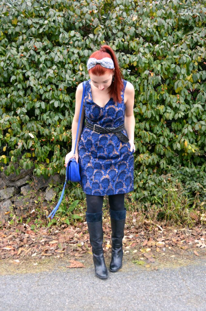 holiday-outfit-idea-from-oh-julia-ann-blue-and-gold-dress-from-j-crew-with-rebecca-minkoff-bag-all-found-at-simon