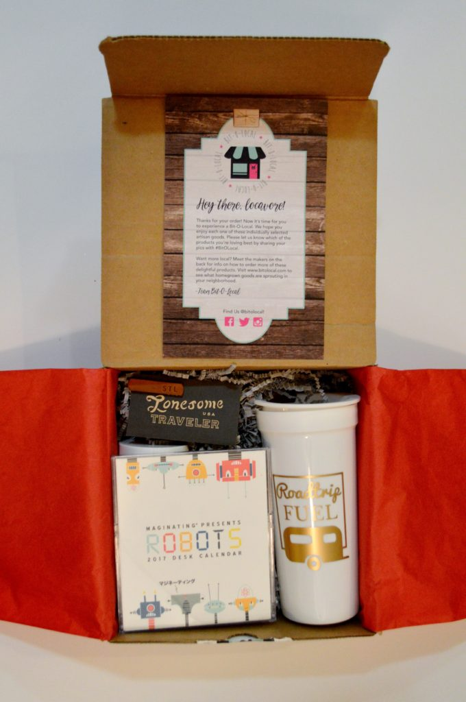 oh-julia-ann-12-days-of-gift-guides-giveaways-bit-o-local-holiday-box-featuring-st-louis-brands-1
