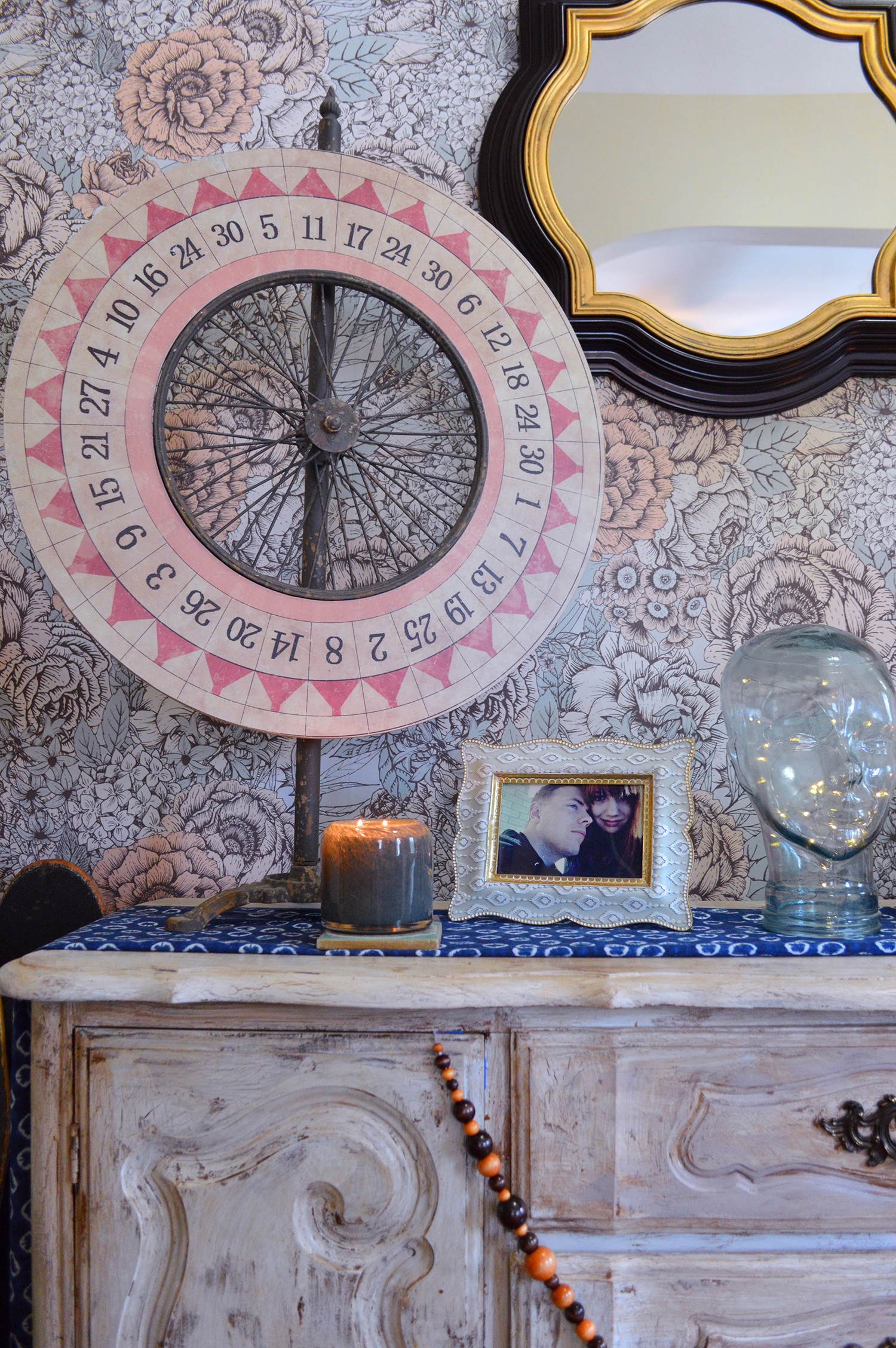 Oh Julia Ann Summer Entryway Home Tour with Patterned Removable Wallpaper and Chesapeake Bay Candles