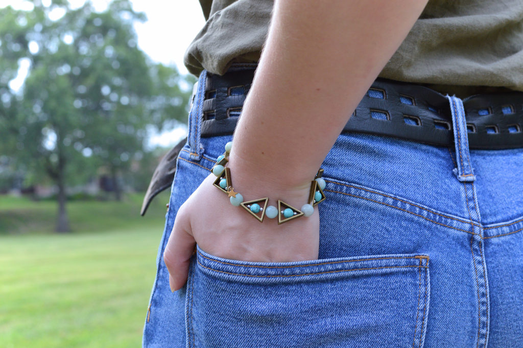 Turquoise Forever | DIY Turquoise and Brass Beaded Bracelet and Earring Set Tutorial