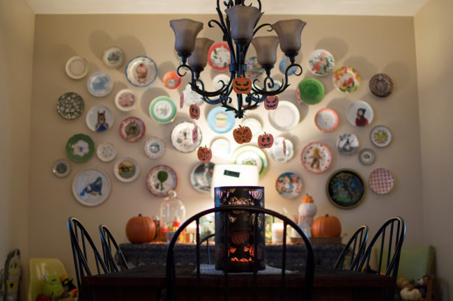 Halloween Home Tour & 5 Ways to Easily Add Some Autumn to your House
